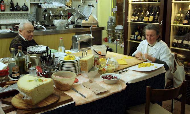 ristorante con cucina casalinga di kaira