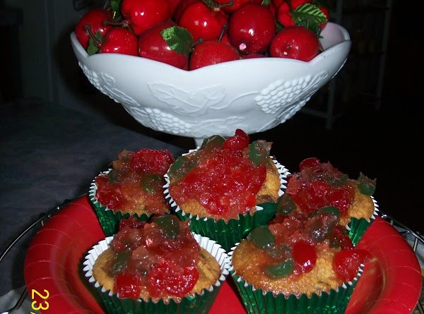 These are beautiful and delish the day of baking.  It's hard to eat...