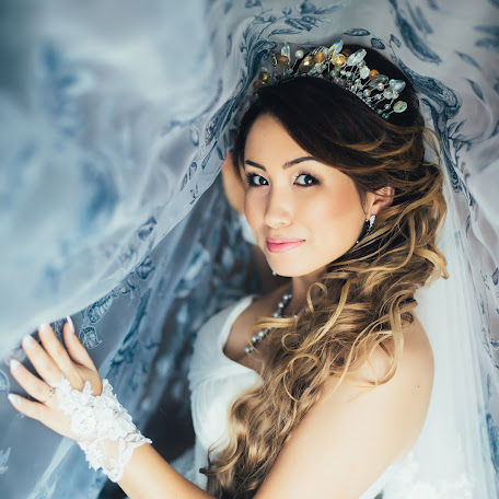 Wedding photographer Alfiya Korobova (photoamore). Photo of 17.12.2017