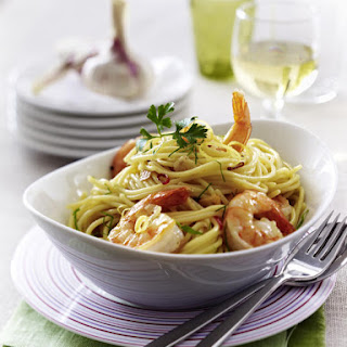 Spaghetti with Prawns, Garlic and Lemon.