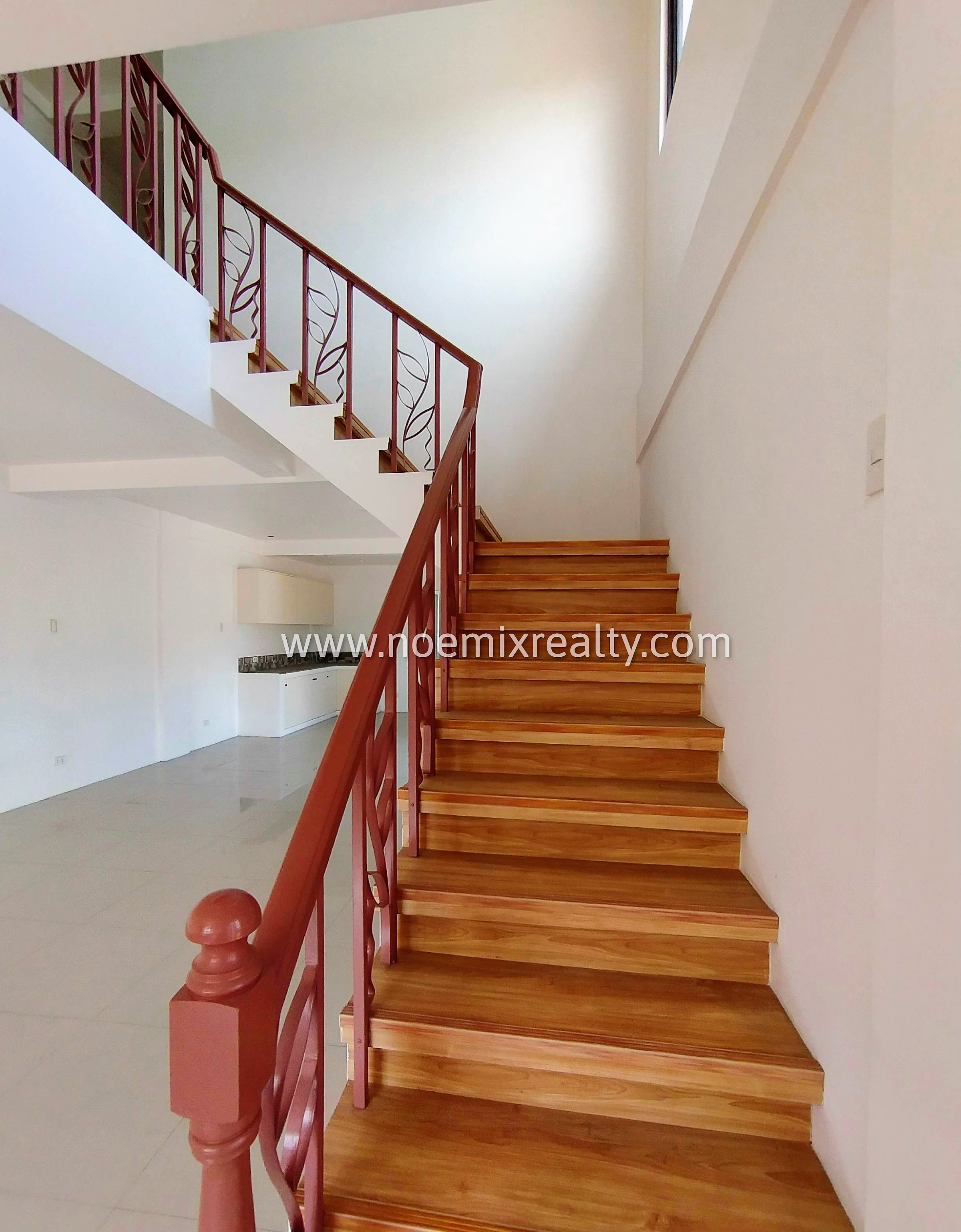 Corner house and lot in Tandang Sora Mindanao Avenue, Quezon City staircase