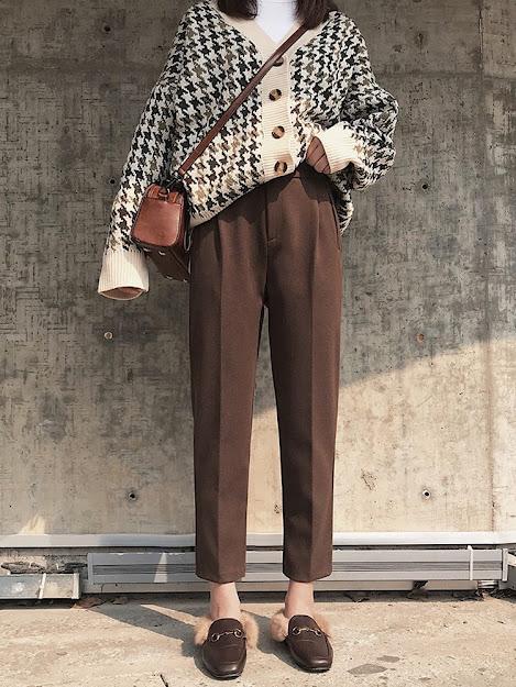 Quần Baggy kết hợp với giày mule lót lông