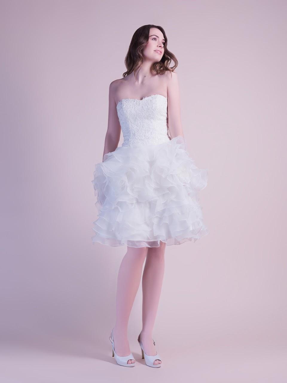 robe-de-mariee-delphine-version-courte-transformable-en-robe-de-mariee-longue