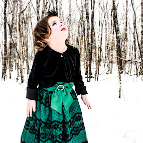 Skin as white as snow, lips as red as blood, eyes as blue as the skys... by Vanessa Meyers - Babies & Children Child Portraits ( dress, outdoors, snow, blue eyes, children )