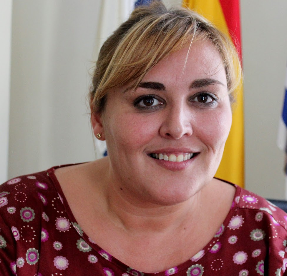 Dña. Liria María Falcón Pérez