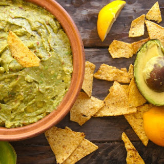Smoky Lemon Chipotle Guacamole