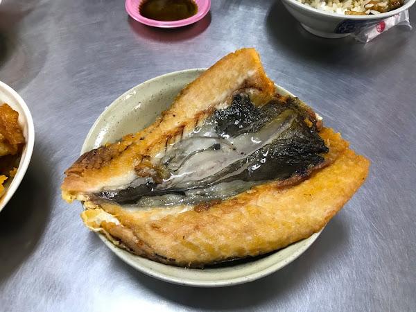 王氏魚皮店|陳皮的日常 台南安平道地小吃 高CP值虱目魚專賣老店 新鮮