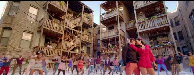 Katrina Kaif hot song in dhoom 3 with Aamir khan