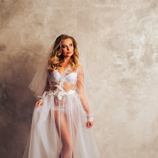 Wedding photographer Andrey Kozyakov (matadorOmsk). Photo of 16.01.2018