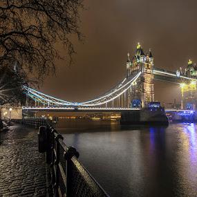 London Bridge by Sefanya Dirgagunarsa - Buildings & Architecture Bridges & Suspended Structures ( pwcbridges, landmark, travel )