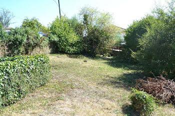 terrain à Saint-Léonard-de-Noblat (87)