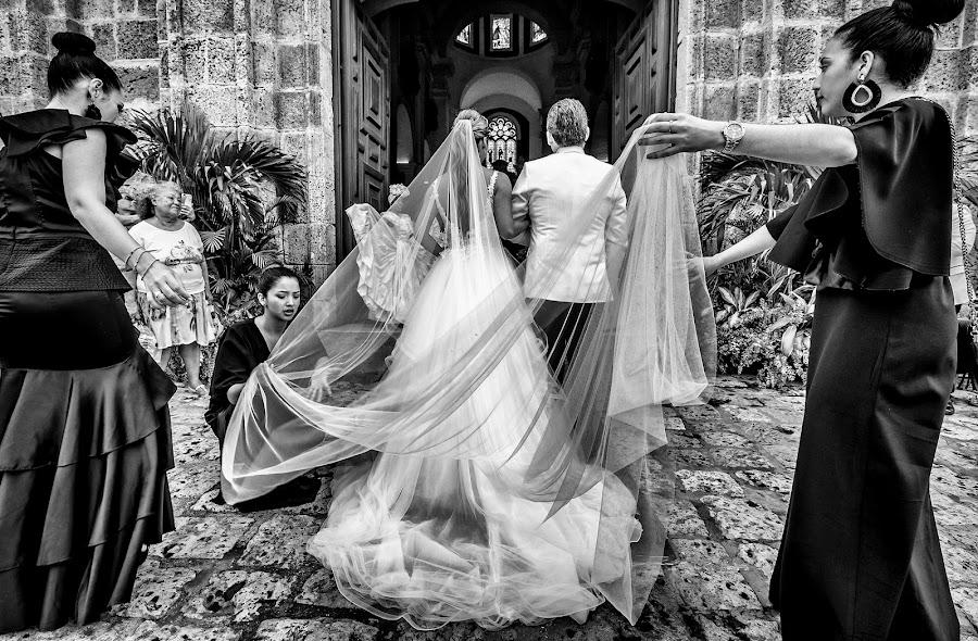Свадебный фотограф Christian Cardona (christiancardona). Фотография от 11.07.2019