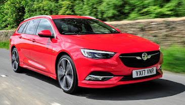 Thinking big in Insignia Tourer