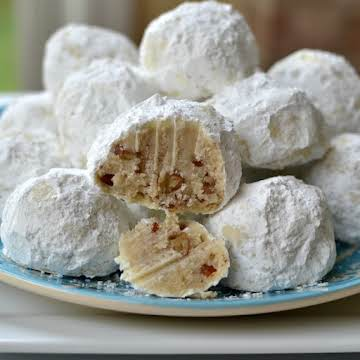 Buttery Pecan Snowball Cookies