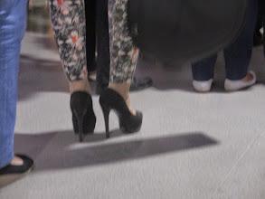 Photo: in aereoporto,scarpe da viaggio