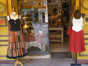 Photo: A Shops in Roussillon