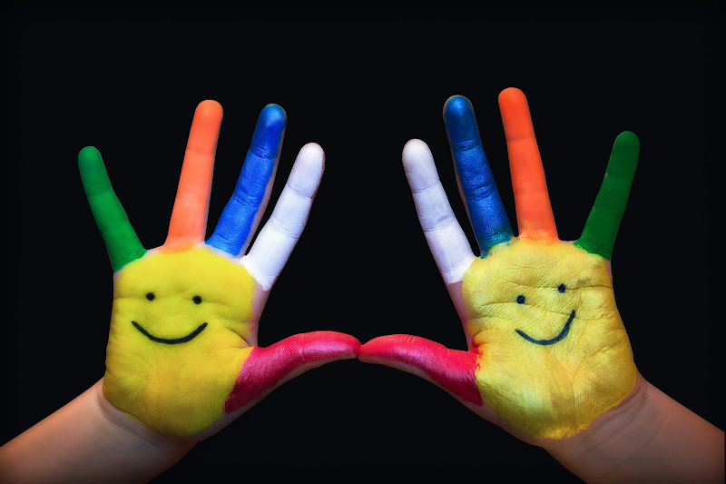 Smiling hands di IsideB