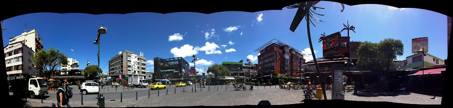 Photo: Plaza de Foch, New Town, Quito.