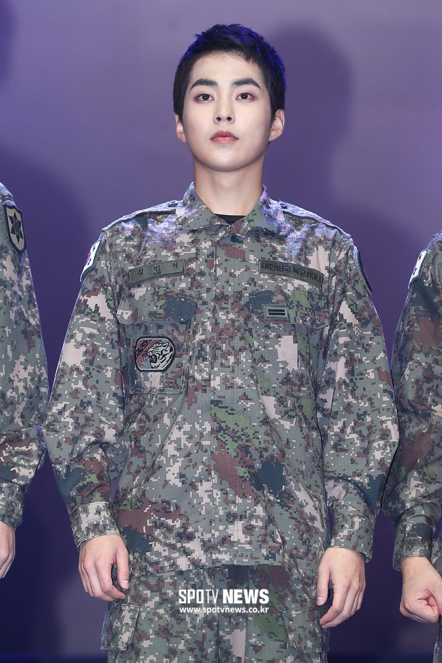 xiumin exo military 2019 1