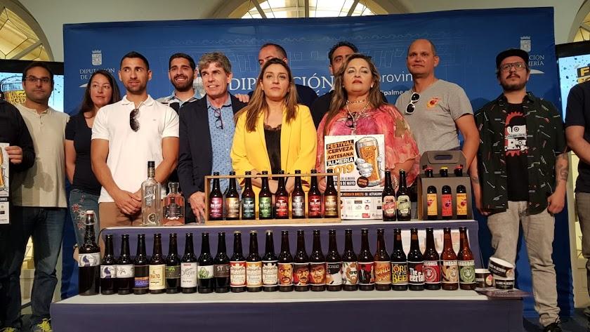 Acto de presentación de la V Feria de la Cerveza Artesana de Almería.
