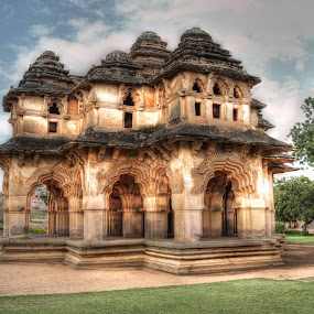 Queens Bath, Vijayanagar Empire, Hampi, India by Arvind Mallya - Buildings & Architecture Public & Historical ( vijayanagar empire, queens bath, hampi, india )