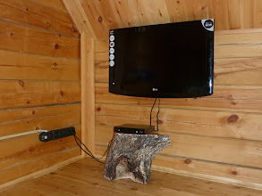Photo: The Twin Room - TV and Multimedia Player