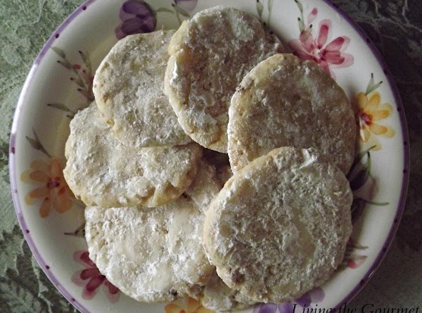 Spiced Nut Cookies Recipe
