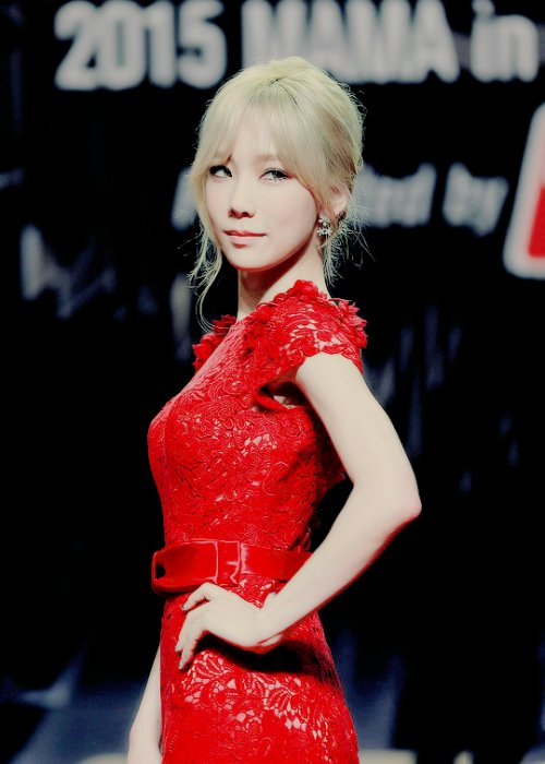 taeyeon gown 26