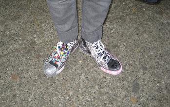 Photo: Pinar 'yeni' ayakkabı almıştı da!