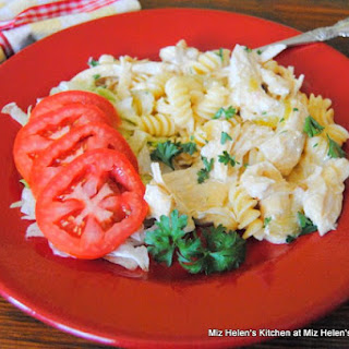Slow Cooker Buffalo Chicken Casserole