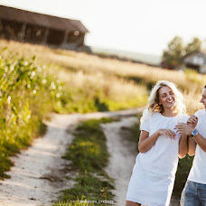 Wedding photographer Evgeniya Borisova (Jennechka). Photo of 23.10.2014