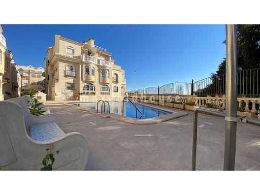 Los Locos Beach Apartment: Los Locos Beach Apartment for