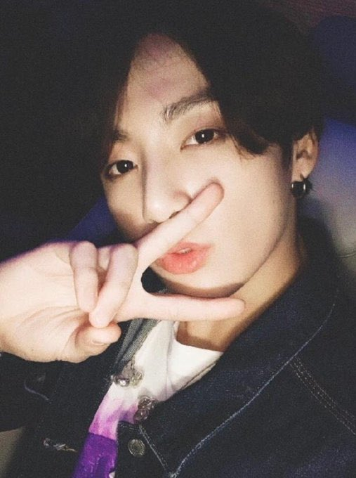 jungkookcarselfies_13
