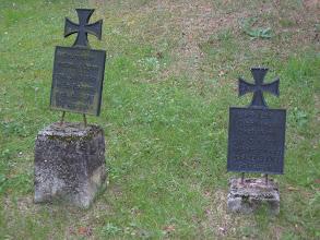 Photo: Nagrobki cmentarza w Rudach Raciborskich.