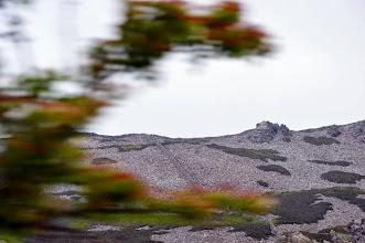 """Photo: débris d'ardoises, les """"terrils"""" de pierre"""