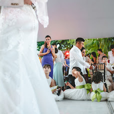 Wedding photographer Lili Del Angel (lilidelangel). Photo of 13.08.2014