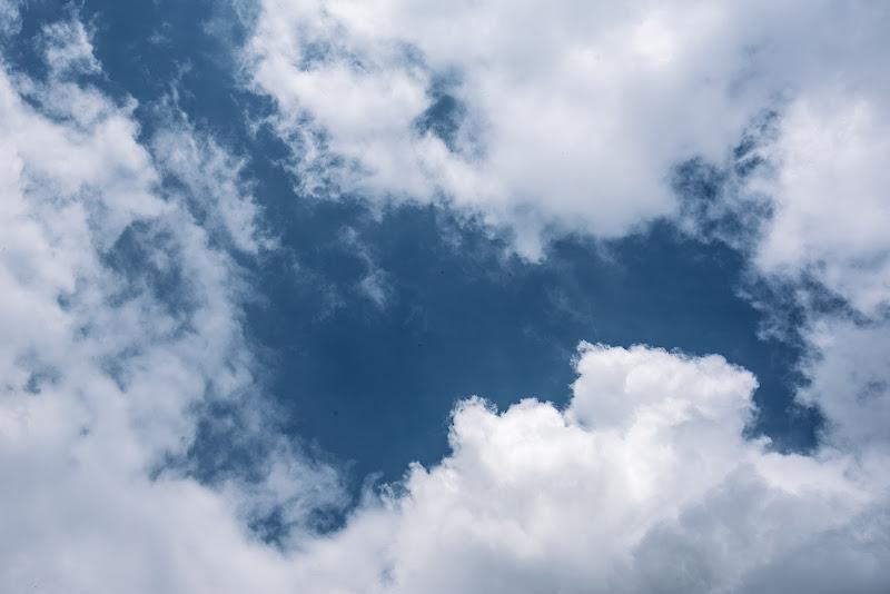 L'azzurro letto delle nuvole di Chiarucciandrea