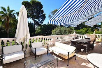 villa à Boulouris (83)