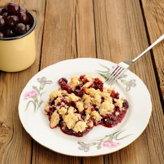 Highest-Rated Crockpot Cherry Almond Cobbler