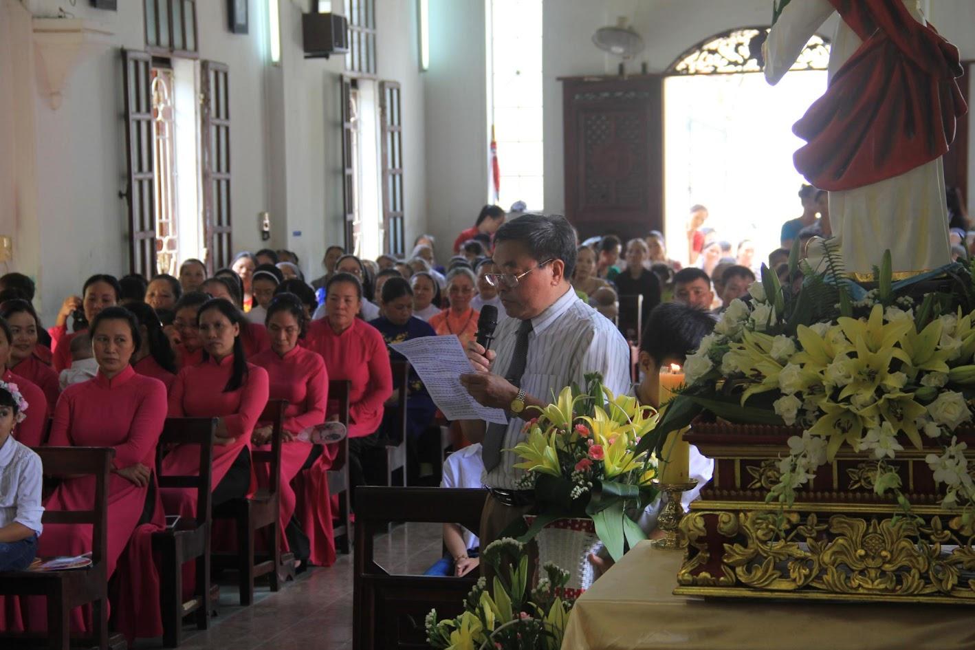 Giáo xứ Ngạn Sơn: Thánh lễ Bổn mạng và Làm phép Nhà mới - Ảnh minh hoạ 20