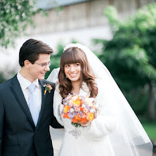 Wedding photographer Alena Mikhaleva (AlenaSova). Photo of 21.04.2013