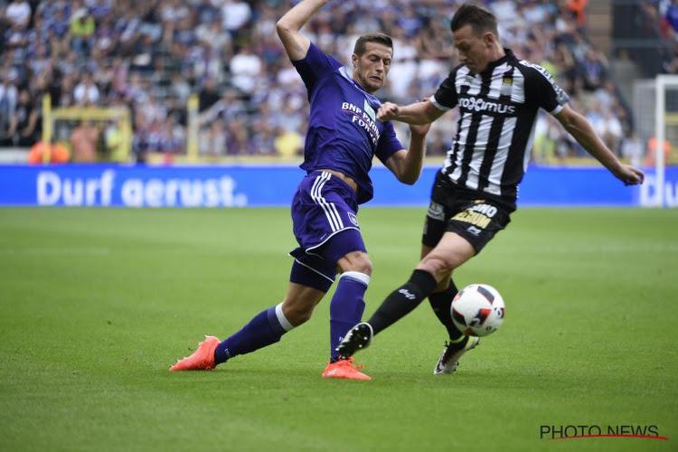 Quelle(s) solution(s) au back-droit pour Anderlecht ?