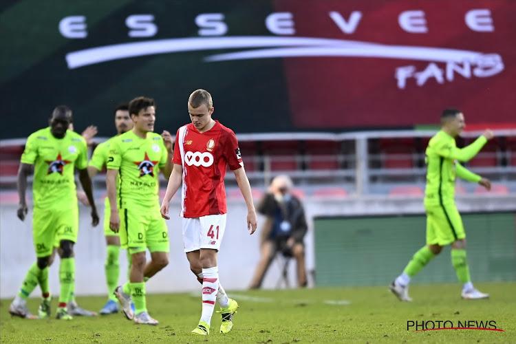 Zulte Waregem kroont zich tot grote winnaar van het voetbalweekend na spectaculaire zege tegen Standard