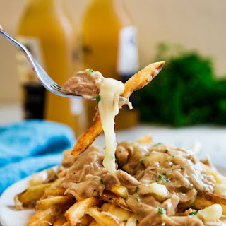 The Ultimate Chicken Poutine.