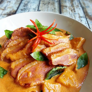 Duck in Pineapple Thai Curry (Kaeng Phed Ped Yang)