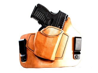 MTR Custom Leather, LLC A-1 Thoroughbred Holster Review.