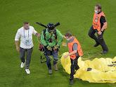 🎥 Paraglider van Greenpeace verwondt verschillende toeschouwers voor EK-duel, UEFA trekt naar rechtbank