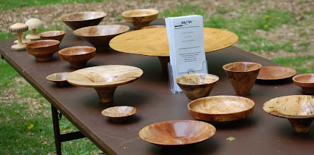 Photo: The sales table with several bowl from Phil.