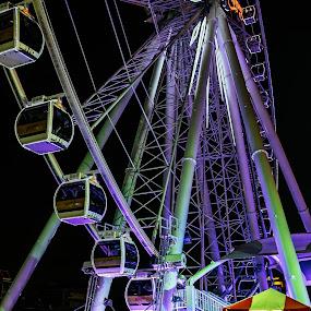 by Victor Roman - City,  Street & Park  Amusement Parks ( bangkok, tourist, thailand, travel, fuji xt1 )