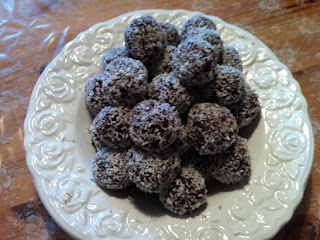 Coconut Cocoa Balls Recipe